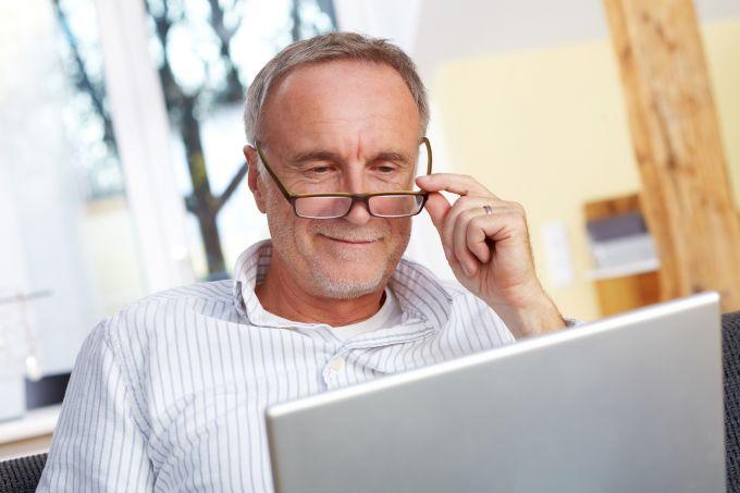 Für alle, die bis 31.12.1954 geboren wurden, gilt das alte Pensionsrecht. Für Geburtstage ab dem 1.1.1955 und erstmalige Erwerbe von Versicherungszeiten nach dem 31.12.2004, gilt das neue Recht in Form …